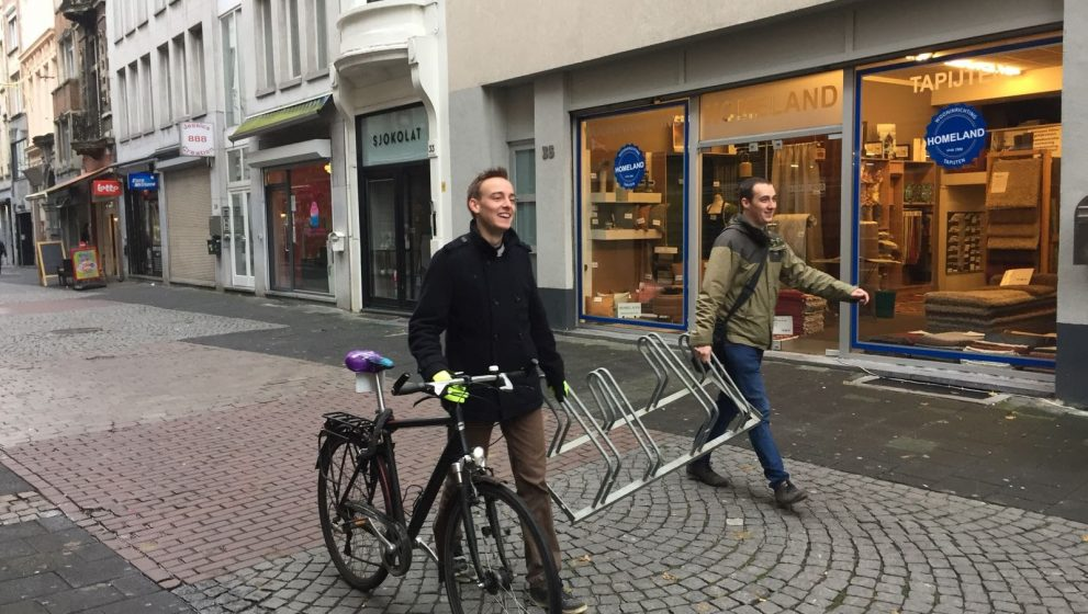 Waarom ik een fietsrek door Antwerpen sleurde